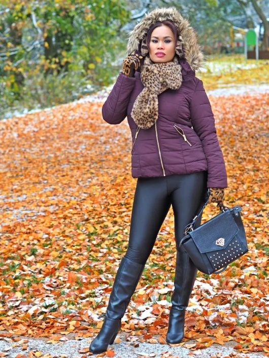 My Early Snow Outfit Idea in November With Padded Aubergine Jacket & Knee Boots          |